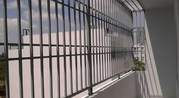 THUẬN PHÁT LẮP ĐẶT KHUNG BẢO VỆ SÂN THƯỢNG CHO KHÁCH HÀNG Tại QUẬN BÌNH TÂN, TPHCM