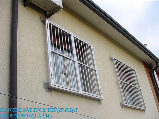 Khung bảo vệ cửa sổ 06