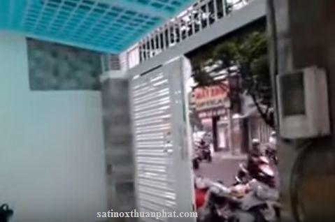 Khung bảo vệ nhà phố