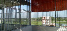 Khung bảo vệ sân thượng lắp đặt tại công trình