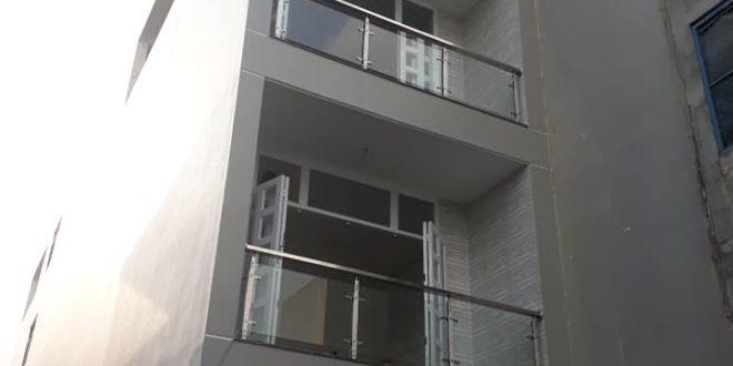 Cầu thang lan can inox lắp đặt ở quận Bình Tân