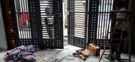 Lắp cửa sắt 4 cánh nhà chị Lợi quận Tân Phú