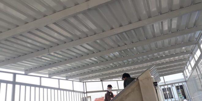 Mái tôn, khung bảo vệ lắp đặt cho nhà phố